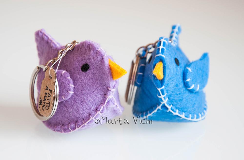Uccellini portachiavi lilla e azzurro