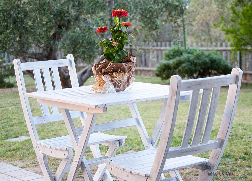 Arredo giardino shabby tavolo sedie e gragliato da for Tre stelle arreda